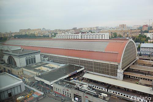 イビスモスクワ・キエフスカヤの客室から眺めるモスクワ・キエフ駅