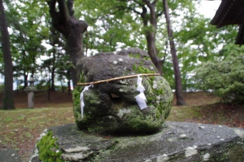 川中島古戦場史跡公園 執念の石