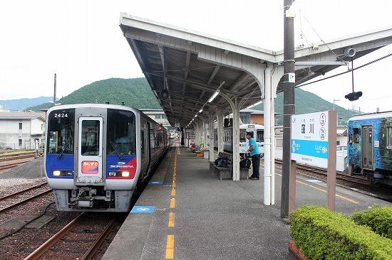 ②窪川駅ホーム