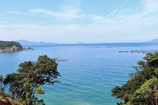 ⑨向集落付近の海