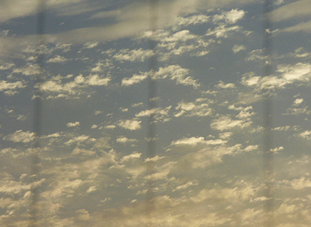 815早朝の雲