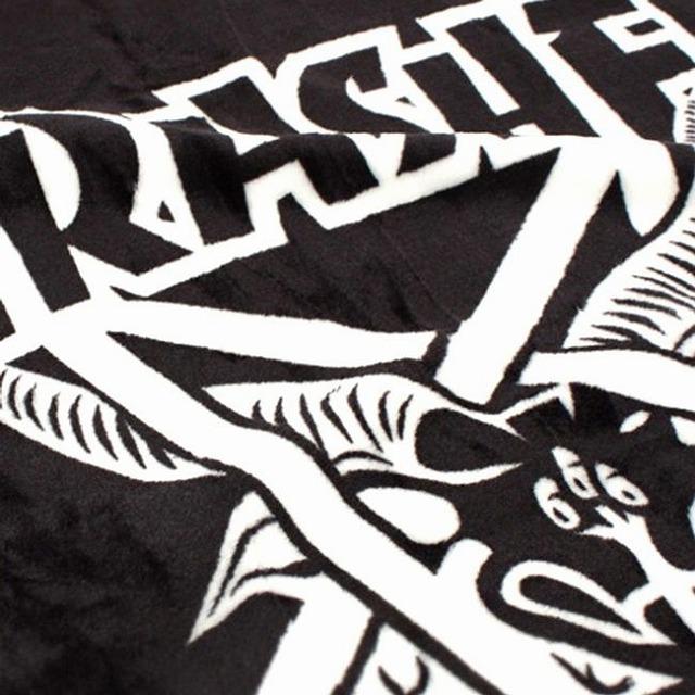 thrasher-skate-goat-blanket-detail-650.jpg