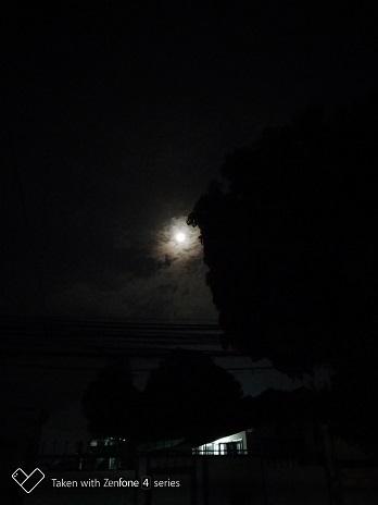 P_20180924_200919full moon