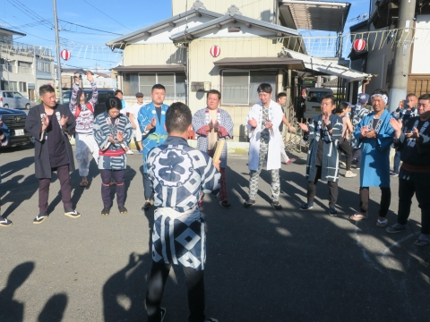 「石岡のおまつり」青年会長顔合わせバスパレード (5)1