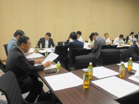 2「いじめ防止対策推進条例」政務調査会① (2)