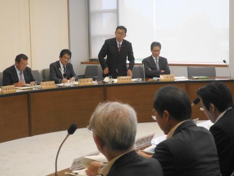 2「いじめ防止対策推進条例」政務調査会① (7)