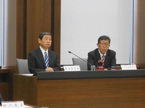 3平成30年9月21日「予算特別委員会」① (2)