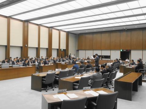 3平成30年9月21日「予算特別委員会」① (5)