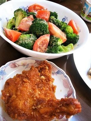 健康サラダと鶏唐揚
