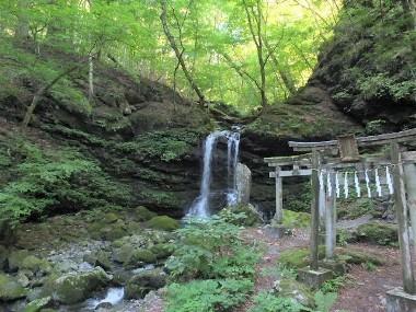 4修行の滝0823