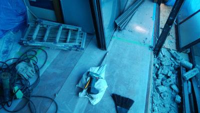 180927 窓枠撤去4