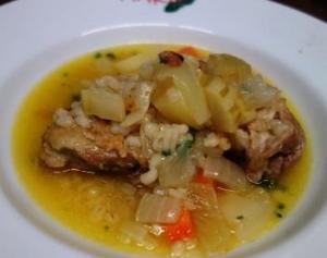 地養鶏のスープ煮
