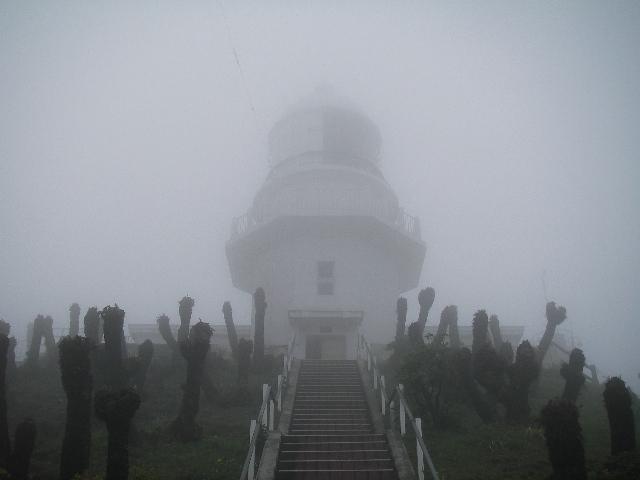 都井岬灯台201005下北と都井