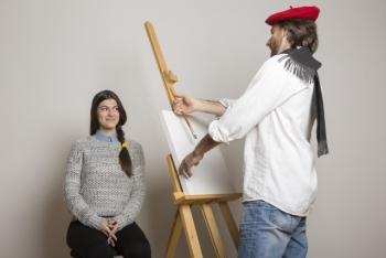 予備校の絵画モデル