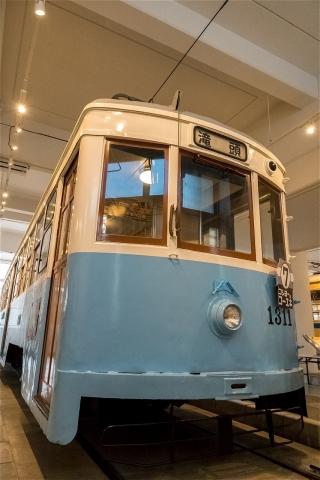 市電1300型