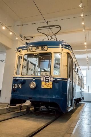 市電1600型