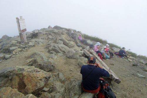 山頂でランチ