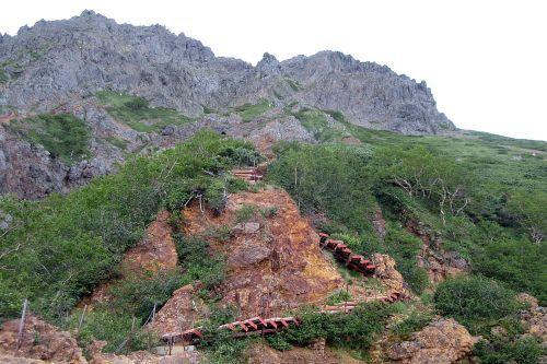 階段が連続する文三郎尾根