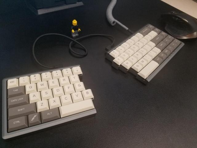 Mechanical_Keyboard127_96.jpg