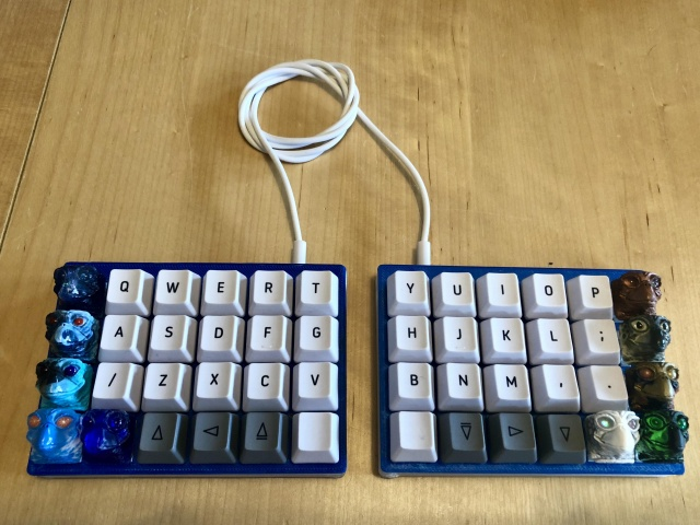 Mechanical_Keyboard128_04.jpg
