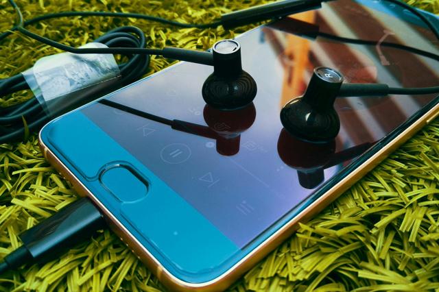Mi_Dual_Driver_Earphones_Type-C_06.jpg