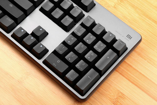 Mi_Gaming_Keyboard_06.jpg