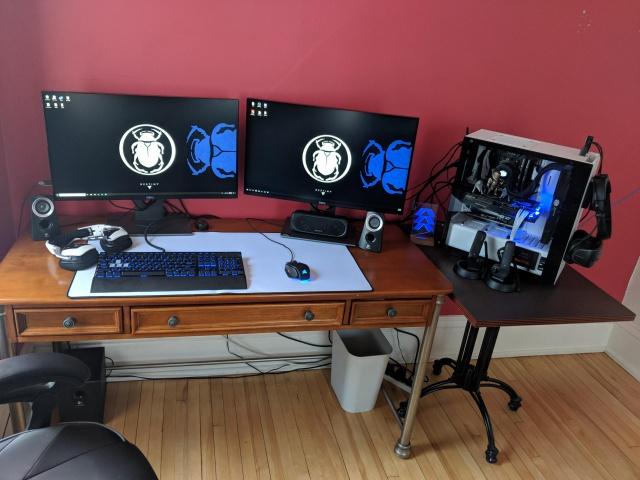 PC_Desk_126_51.jpg