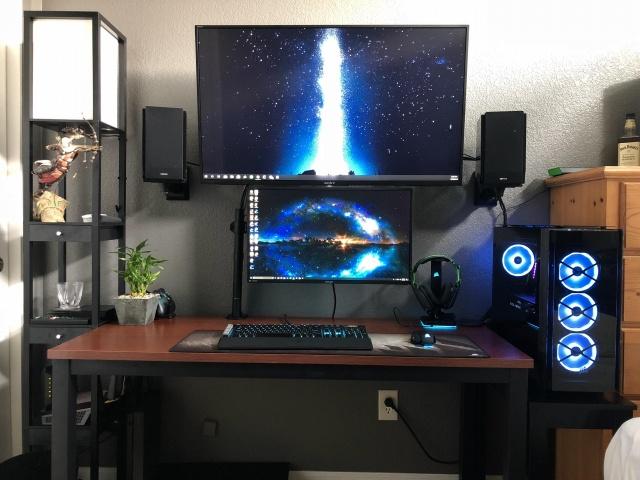 PC_Desk_126_60.jpg