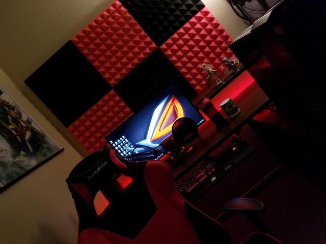 PC_Desk_126_62.jpg