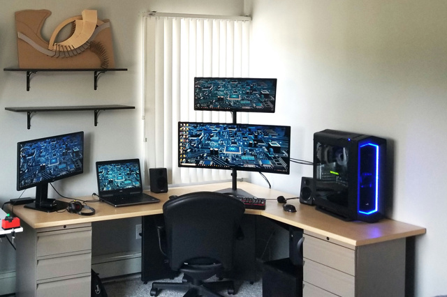 PC_Desk_126_70.jpg