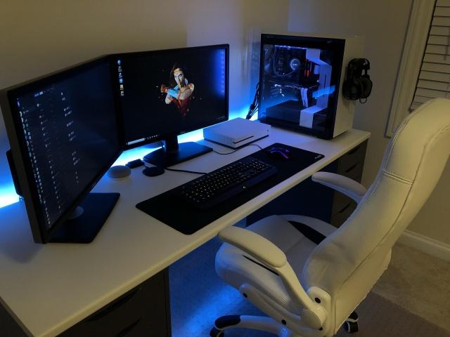 PC_Desk_126_96.jpg