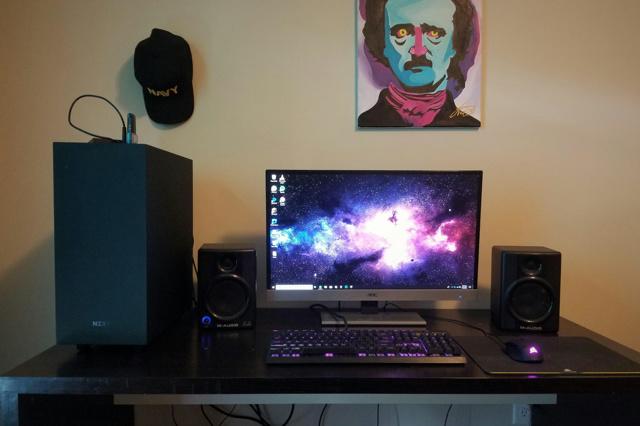PC_Desk_126_97.jpg