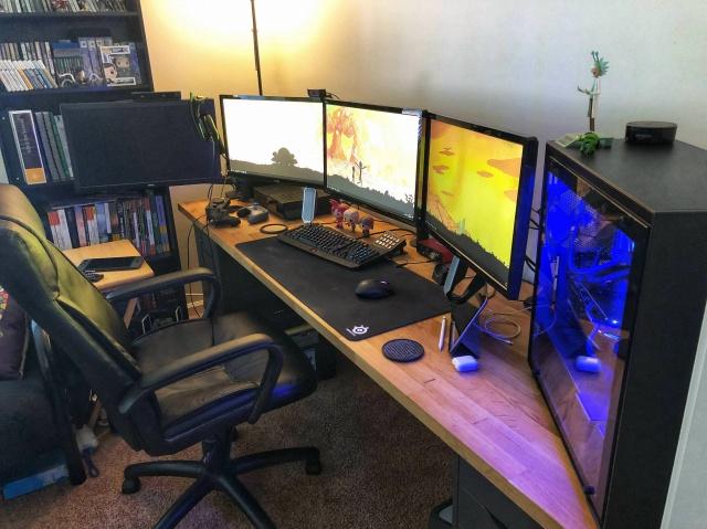 PC_Desk_127_100.jpg