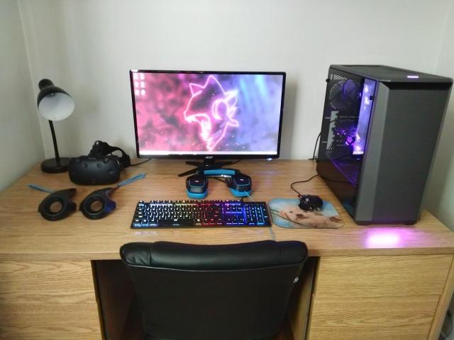 PC_Desk_127_35.jpg