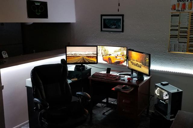 PC_Desk_127_46.jpg