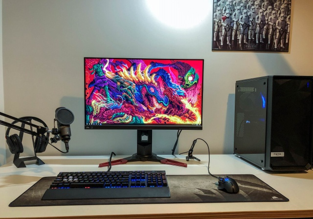 PC_Desk_127_64.jpg