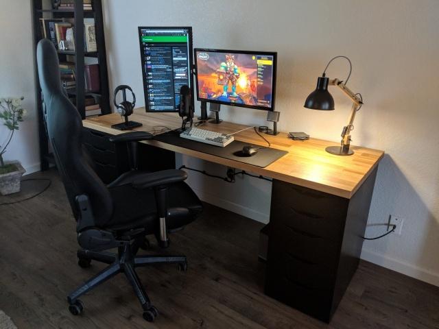 PC_Desk_128_42.jpg