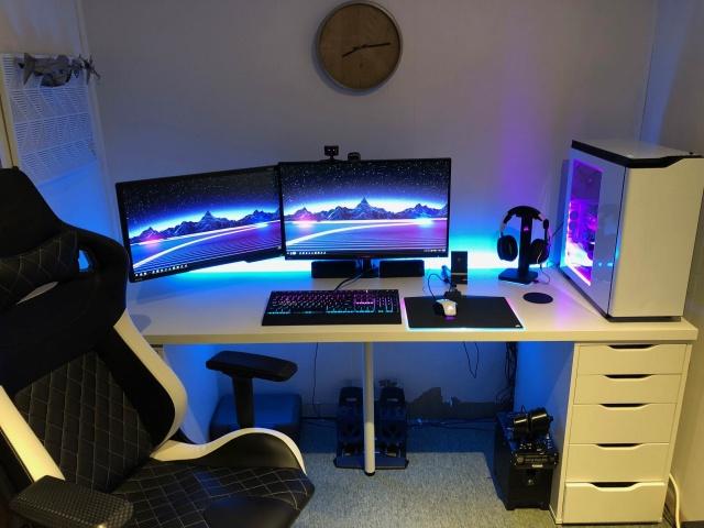 PC_Desk_128_61.jpg