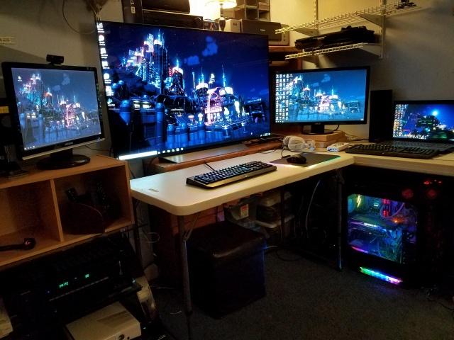 PC_Desk_129_33.jpg