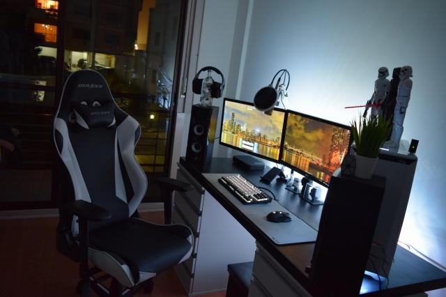 PC_Desk_129_51.jpg