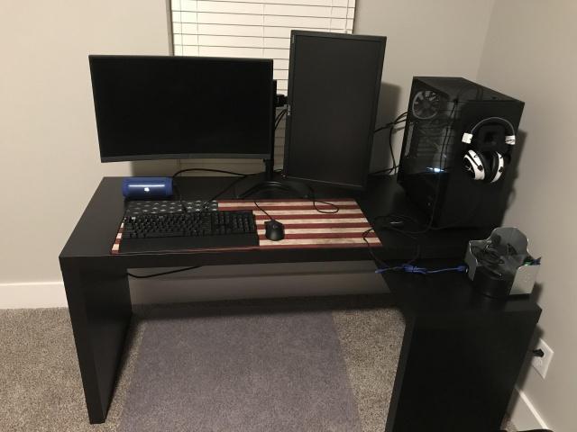 PC_Desk_129_52.jpg