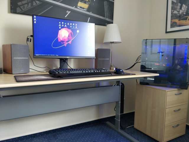 PC_Desk_129_96.jpg