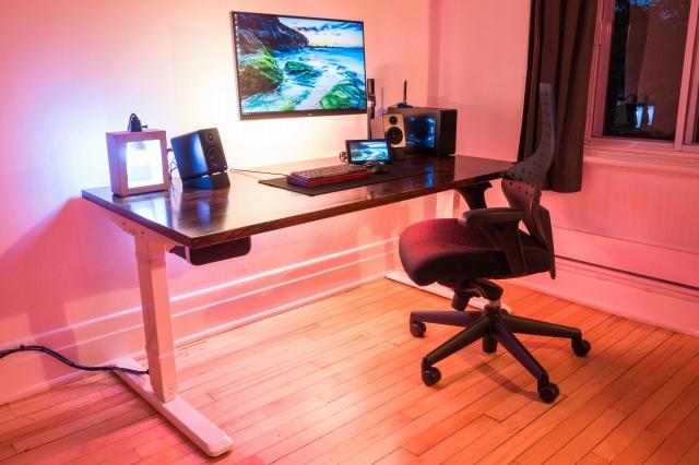 PC_Desk_130_45.jpg