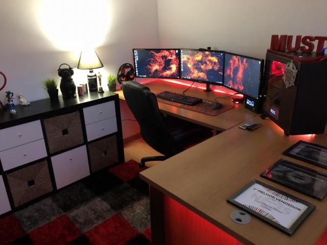 PC_Desk_MultiDisplay124_11.jpg