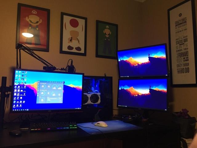 PC_Desk_MultiDisplay124_30.jpg