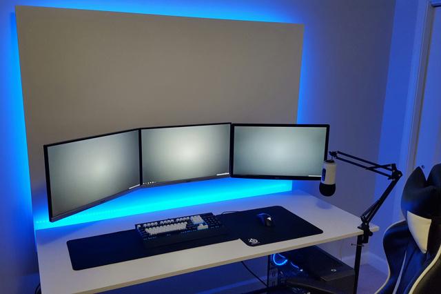 PC_Desk_MultiDisplay124_39.jpg