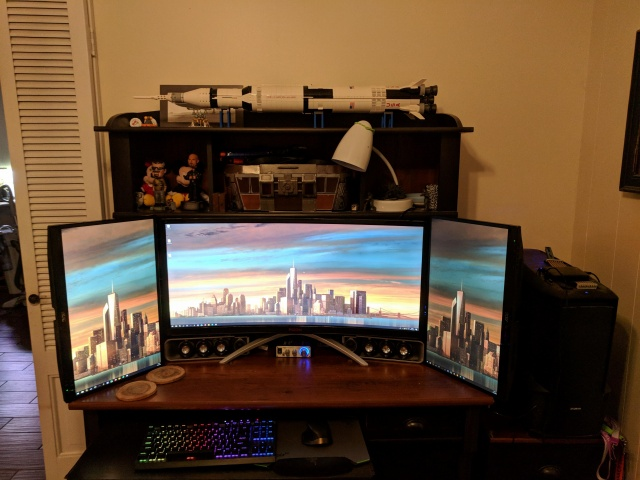 PC_Desk_MultiDisplay124_59.jpg