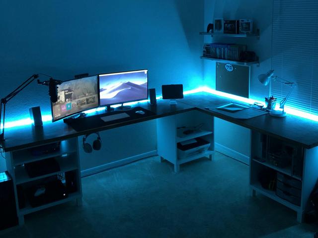 PC_Desk_MultiDisplay124_69.jpg