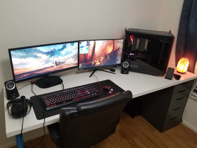 PC_Desk_UltlaWideMonitor34_05.jpg