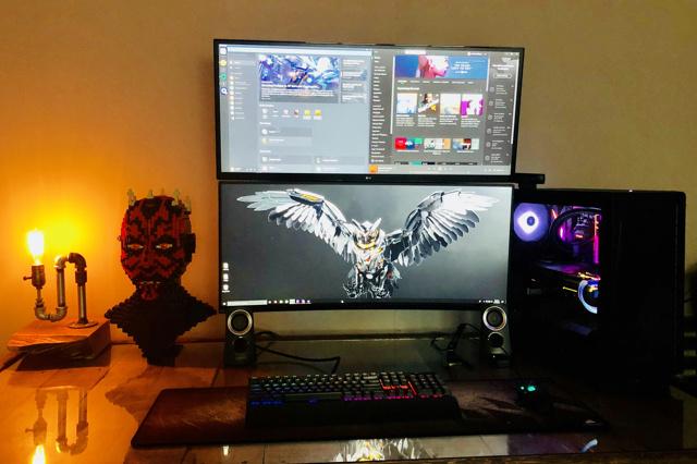 PC_Desk_UltlaWideMonitor34_17.jpg